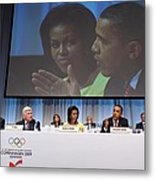 President And Michelle Obama Answer Metal Print by Everett