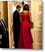 President And Michelle Obama Make Metal Print by Everett