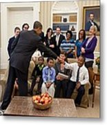 President Barack Obama Greets Students Metal Print by Everett