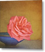 Red Rose Metal Print by Photo - Lyn Randle