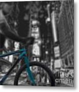 Touring The City Metal Print by Linda Seacord