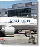 United Airlines Jet Airplane At San Francisco Sfo International Airport - 5d17109 Metal Print by Wingsdomain Art and Photography