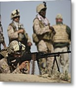 U.s. Marine Prepares To Fire A Pk Metal Print by Terry Moore