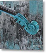 Violinelle - Turquoise 04d2 Metal Print by Variance Collections