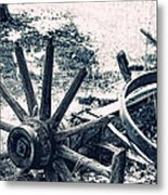 Weathered Wagon Wheel Broken Down Metal Print by Tracie Kaska