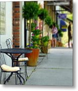 Window Shoppers Metal Print by Cindy Wright