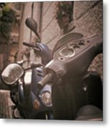 Bellagio Scooters Metal Print by Chuck Parsons