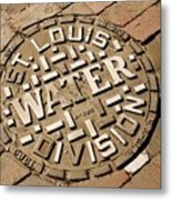 Manhole Cover In St Louis Metal Print by Mark Williamson