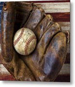 Old Mitt And Baseball Metal Print by Garry Gay