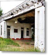 Old Texas Gas Station Metal Print by Marilyn Hunt