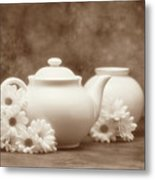 Teapot With Daisies I Metal Print by Tom Mc Nemar