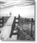 The Beach In Black And White Metal Print by Dapixara Art