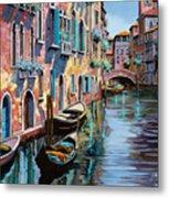 Venezia In Rosa Metal Print by Guido Borelli
