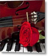 Violin And Rose On Piano Metal Print by Garry Gay