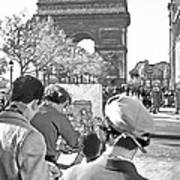 Arc De Triomphe Painter - B W Poster by Chuck Staley
