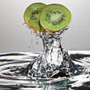 Kiwi Freshsplash Poster by Steve Gadomski