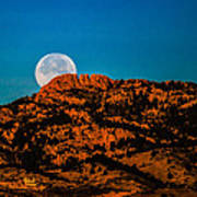 Moon Setting Behind Horsetooth Rock At Sunrise Poster by Harry Strharsky