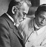 Ehrlich And Hata, Discovered Syphilis Poster by Science Source
