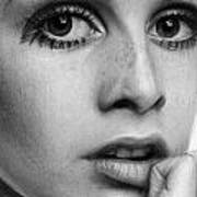 Twiggy Poster by Nat Morley