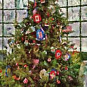 Christmas - An American Christmas Print by Mike Savad