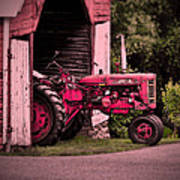 Farmall 200 Print by Robert Geary