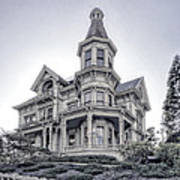 Flavel Victorian Home Print by Daniel Hagerman