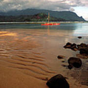 Hanalei Bay At Dawn Print by Kathy Yates