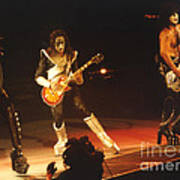 Kiss-b33a Print by Gary Gingrich Galleries