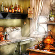 Kitchen - Momma's Kitchen  Print by Mike Savad