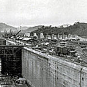 Panama Canal Construction 1910 Print by Photo Researchers