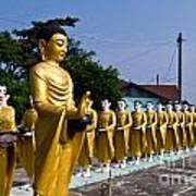 Statue Of Buddha And Disciples Are Alms Round Print by Tosporn Preede
