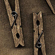Three Clothes Pins Print by Bob RL Evans