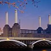 Uk, England, View Of Battersea Power Print by Dosfotos