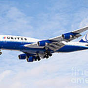 United Airlines Boeing 747 Airplane Landing Print by Paul Velgos