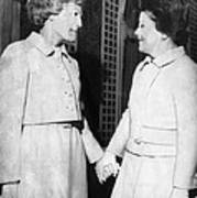 First Lady Patricia Nixon Hold Hands Print by Everett