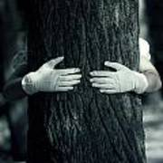 hug Print by Joana Kruse