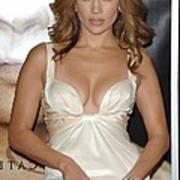 Jennifer Lopez Wearing A Roberto Print by Everett