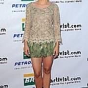 Kristen Bell Wearing An Alberta Print by Everett