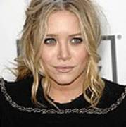 Mary Kate Olsen At Arrivals Print by Everett