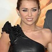 Miley Cyrus At Arrivals For The Last Print by Everett