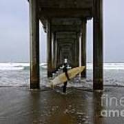 Scripps Pier Surfer Print by Bob Christopher