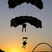 The U.s. Army Golden Knights Perform An Print by Stocktrek Images