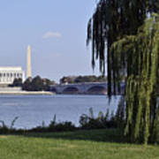 Lincoln Memorial And Washington Monument From The Potomac River Print by Brendan Reals