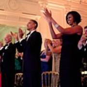 President And Michelle Obama Applaud Print by Everett