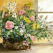 Basket Bouquet Print by Arline Wagner