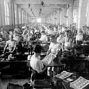 Making Money At The Bureau Of Printing And Engraving - Washington Dc - C 1916 Print by International  Images
