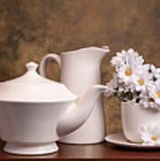 Panoramic Teapot With Daisies Print by Tom Mc Nemar