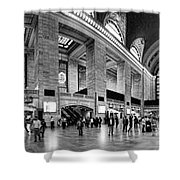 Black And White Pano Of Grand Central Station - Nyc Shower Curtain by David Smith