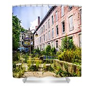 Glencoe-auburn Hotel In Cincinnati Picture Shower Curtain by Paul Velgos