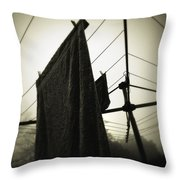 Towels  Throw Pillow by Les Cunliffe